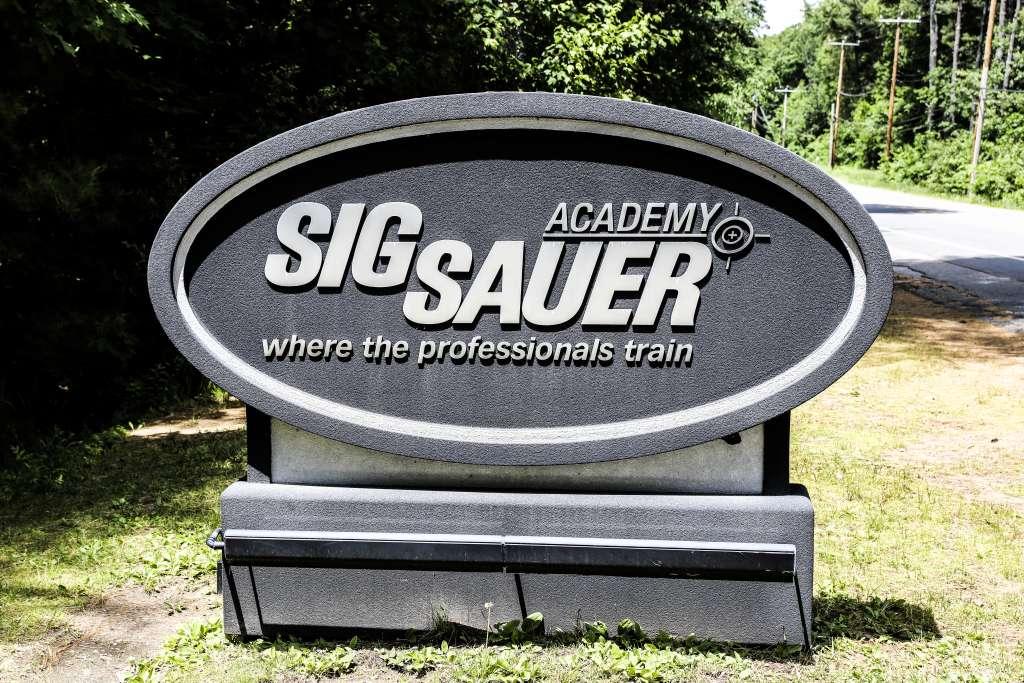 Szkolenia Strzeleckie BZ Academy prowadzone przez instruktora SigSauer Academy